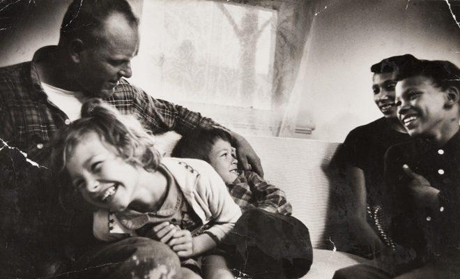 Grey Villet: Loving Family Portraits